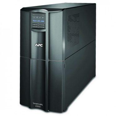 APC Smart UPS 2200VA Line-interaktív