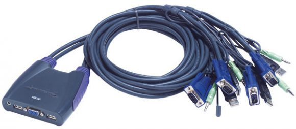 ATEN KVM SWITCH 4PC USB +KÁBEL